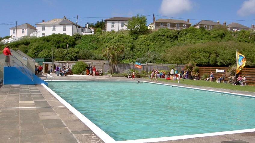 hayle outdoor swimming pool angarrack life